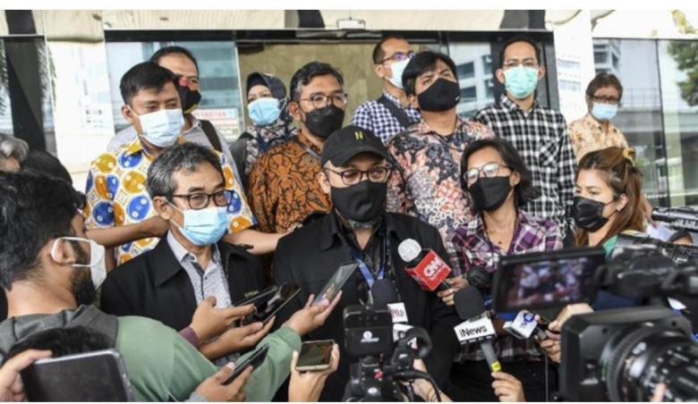 Serangan Balik, 5 Pimpinan KPK Dilaporkan, Novel Baswedan Sedih
