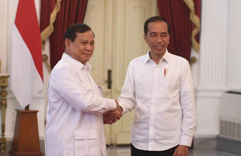 Menjebak Jokowi Lewat Pembatalan Haji Dan Larangan Mudik